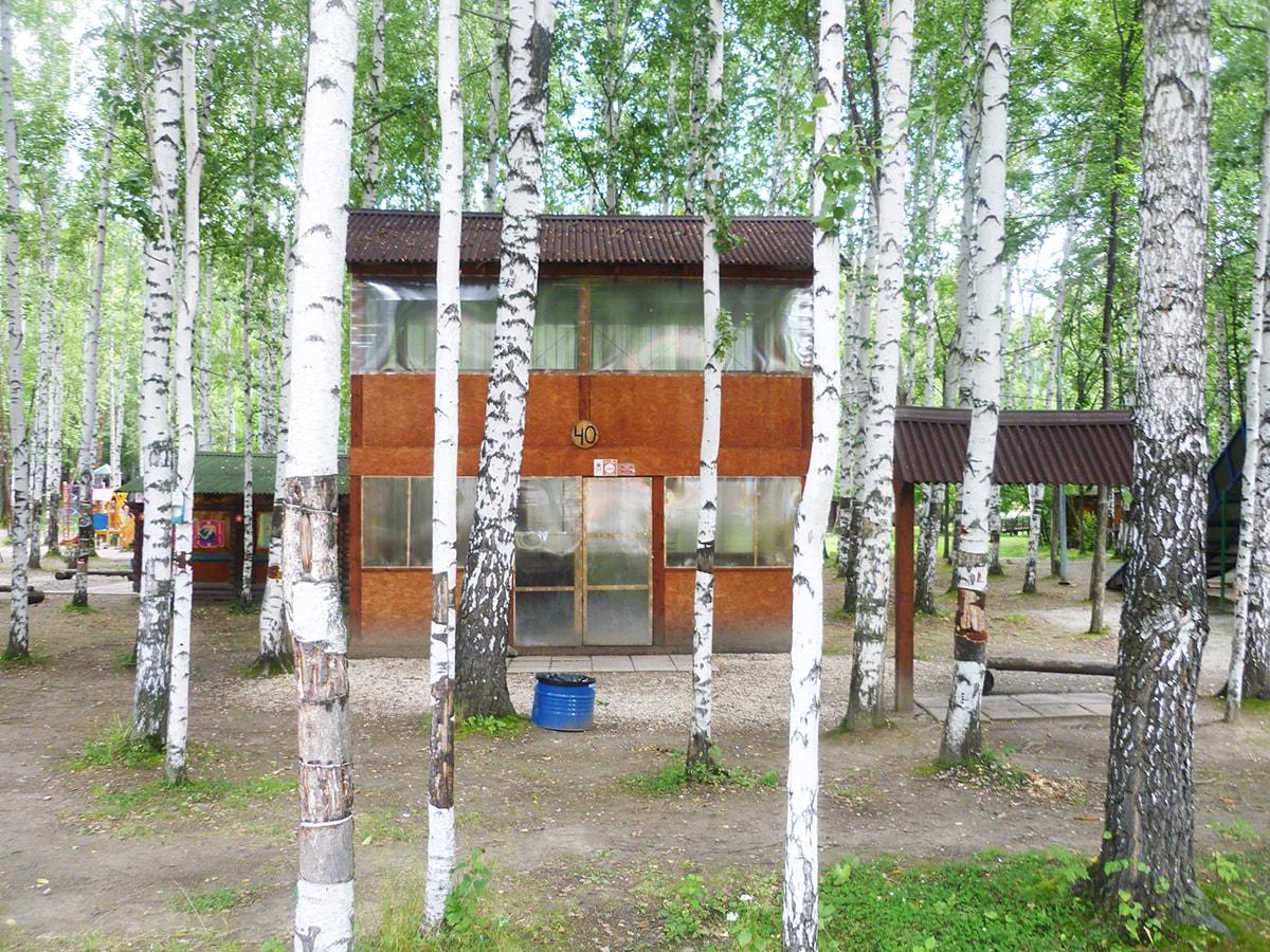 Двухэтажная беседка с мангалом